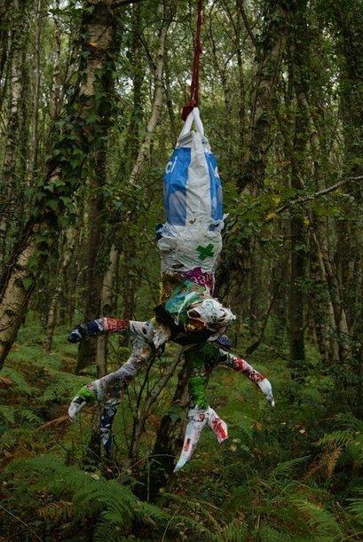 "Baptiste Vanweydeveldt: ""Falling oil"" | Art Installations, Sculpture, Contemporary Art | Scoop.it"