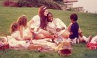 Lana Del Rey, Summer Camp and The Invisible: Singles of the week - Metro | Lana Del Rey - Lizzy Grant | Scoop.it
