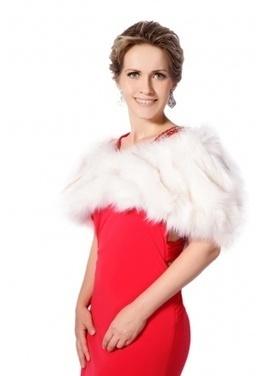 White faux fox fur short fur shawl | Comfortable faux fur coat fashion | Scoop.it