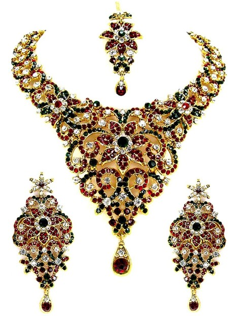 Get more compliments with our outstanding necklace sets collection | Deals, Offers & Updates | Scoop.it