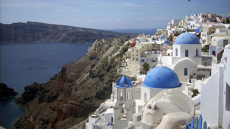 Greek crisis: Tourists using cash and credit to avoid withdrawal restrictions | Travel To Santorini | Scoop.it