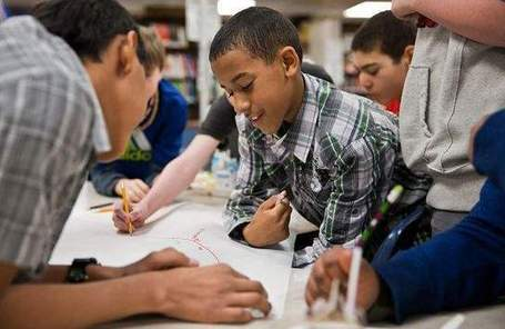 To encourage boys' reading, look to book clubs - Omaha World-Herald | SchoolLibrariesTeacherLibrarians | Scoop.it