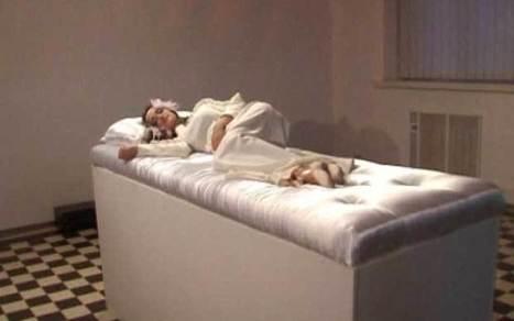 Sleeping beauties seek fairytale love at Ukraine art installation   Quite Interesting News   Scoop.it
