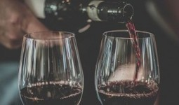 Drinking a moderate amount of red wine could help beat cancer, new research suggests | Amazing savings | Scoop.it