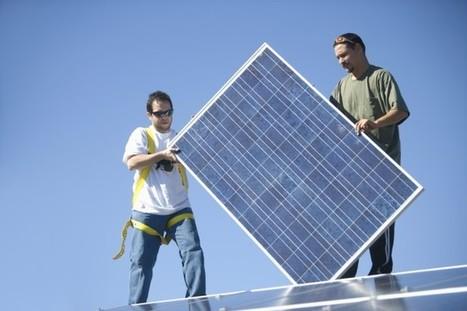 Renewables create 10 times more jobs than fossil fuels | Peer2Politics | Scoop.it