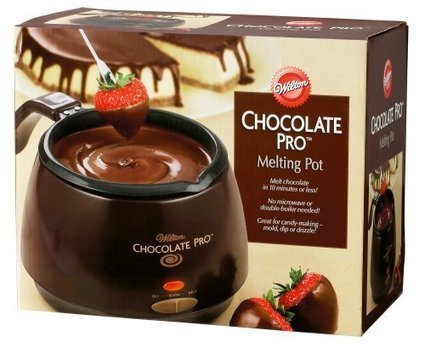 Wilton Chocolate Pro Electric Melting Pot... The Easy Way to Make Candy and Cake Pops | Gifts for Bakers | Scoop.it