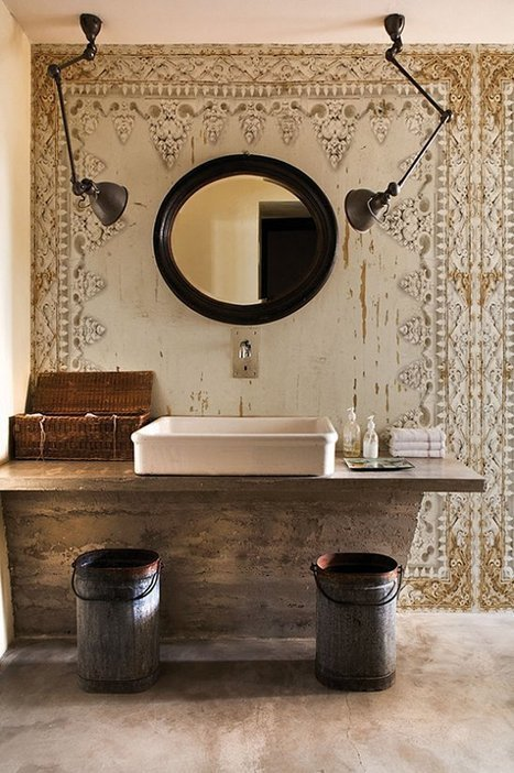 A bit of drama in the bathroom | Bathroom and outdoor wallpaper | NIU. Interiors & homes | Scoop.it