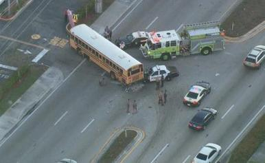 Police cruiser crashes into school bus | READ WHAT I READ | Scoop.it