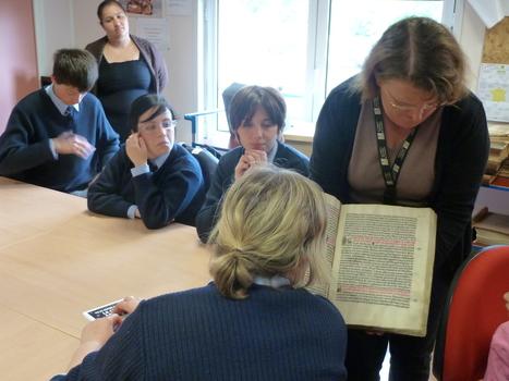 Visite aux archives municipales de Saint-Quentin | Ta famille ou la mienne ? | Scoop.it