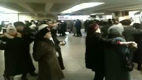 Le métro de Kiev se transforme en piste de danse pour ces retraités | Culture & Arts 2.0 | Scoop.it