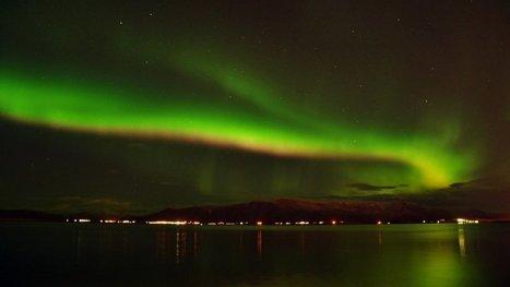 Reykjavik a éteint toutes ses lumières pour assister à une aurore boréale exceptionnelle ! (VIDÉO)   Planete DDurable   Scoop.it