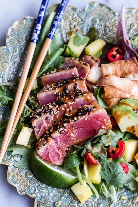 #HeatlhyRecipe // Seared Ahi Tuna Poke Salad with Hula Ginger vinaigrette + Wonton Crisps. | The Man With The Golden Tongs Goes All Out On Health | Scoop.it