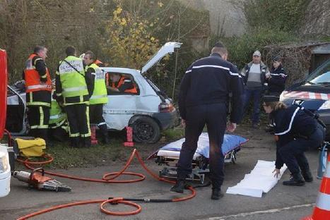 Longues-sur-Mer : une jeune conductrice désincarcérée   La Manche Libre bayeux   Les news en normandie avec Cotentin-webradio   Scoop.it