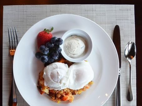 13 most popular hotel room service items | Traveline O&A - Gay Travel | Scoop.it