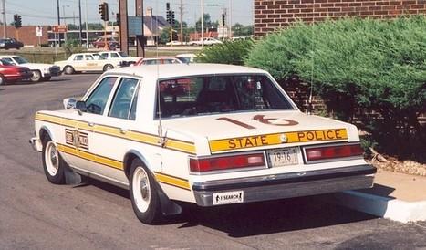 Video- Trucker Puts Illinois Cop On Blast For Speeding & Talking On Cell Phone!!!   Around The Net   Scoop.it