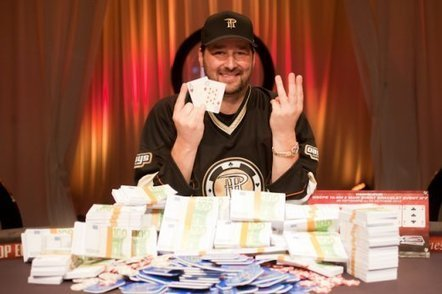Phil Hellmuth remporte le Main Event des WSOP-E et son 13e bracelet | Circuit joueurs pros et amateur | Scoop.it