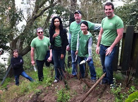 Hidden Garden Steps: Clean-ups, Collaboration, and Volunteers | Community, Collaboration, and Volunteerism | Scoop.it