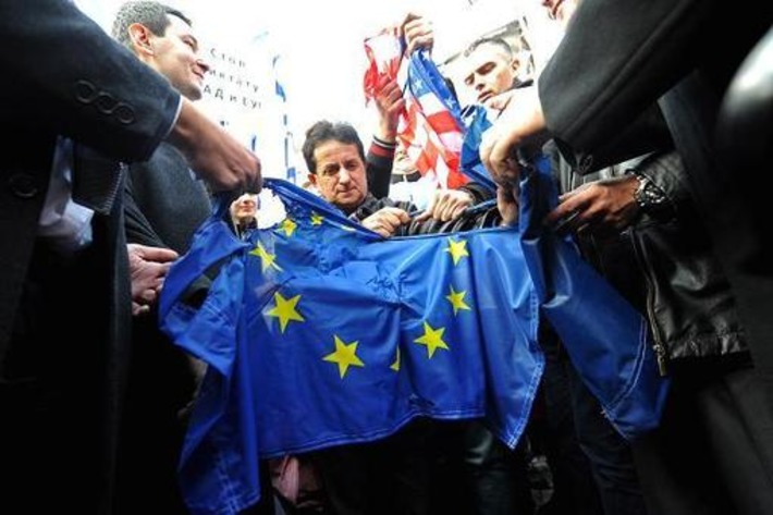 Can Europe's economy cope with a Tea Party? | money money money | Scoop.it