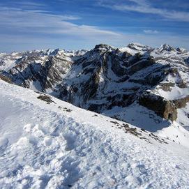 Panoramique depuis le col de l'Aiguillette le 26 novembre 2013 - Maxime TEIXEIRA - Google+ | Vallée d'Aure - Pyrénées | Scoop.it