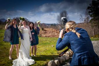 Spezialangebot Hochzeitsfotografie oder Tauffotos | Profifotografin und Hochzeitsfotografin in der Schweiz | Scoop.it