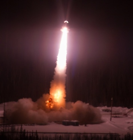 NASA Rocket Launches Into Aurora [PHOTOS] - D-brief   DiscoverMagazine.com   Planets, Stars, rockets and Space   Scoop.it