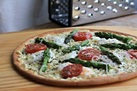 Gluten-Free Vegan Pizza with Asparagus, Shallot, and Tomatoes - Spoon and Saucer | My Vegan recipes | Scoop.it