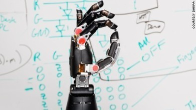 Prosthetic hand 'tells' the brain what it is touching | Vloasis sci-tech | Scoop.it
