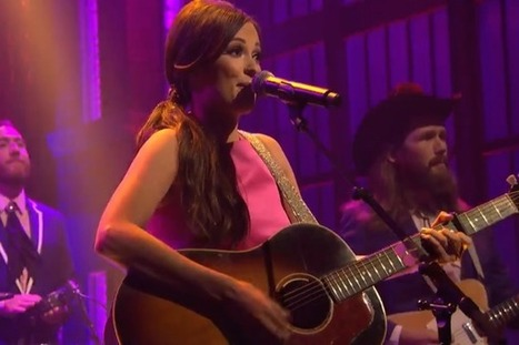 Kacey Musgraves Reveals New Song on 'Late Night With Seth Meyers' [WATCH] | Country Music Today | Scoop.it