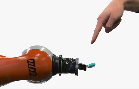 Researchers Teaching Robots to Feel and React to Pain | Love | Scoop.it