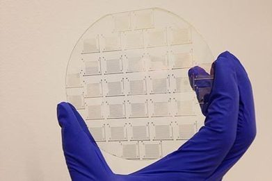 Chemists cook up three atom-thick electronic sheets on a transparent silica wafer | Amazing Science | Scoop.it