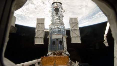 El telescopio Hubble detecta signos de agua en la atmósfera de cinco planetas exteriores   historian: science and earth   Scoop.it
