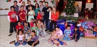 250 cadeaux pour les enfants de la paroisse de Saint-Étienne - La Dépêche de Tahiti | GLRT | Scoop.it