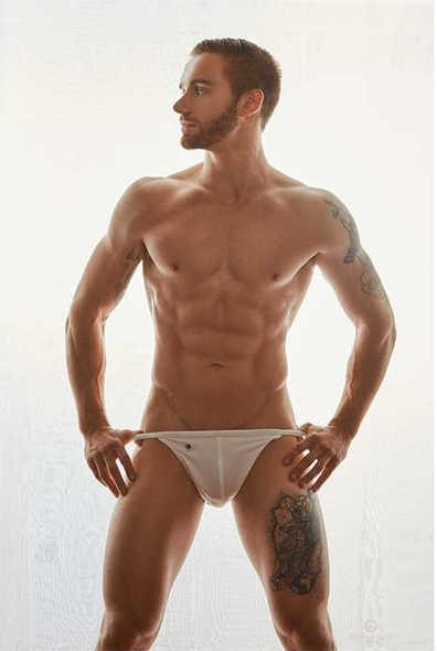 James Pianka Shirtless by Travis H. Lane | Male Model | Scoop.it