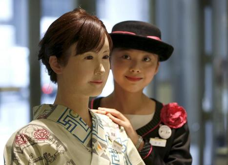 Humanoid robot starts work at Japanese department store | arslog | Scoop.it