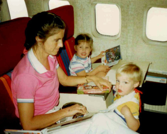 Dear Mom, Thanks for Making Me a Reader by Rebecca Dunn | librarianonthefly | Scoop.it