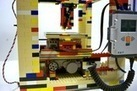 Build Your Own 3D Printer — Out of LEGOs | Post-Sapiens, les êtres technologiques | Scoop.it