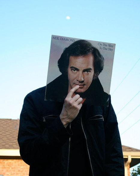 Captivating Examples of Sleeveface Photography | Hanson Zandi News | Scoop.it