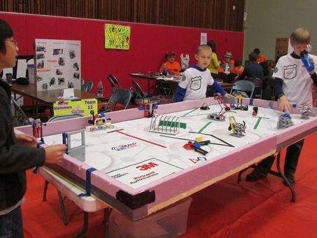 Kids learn robotics with Legos - Elmira Star-Gazette | playful learning | Scoop.it