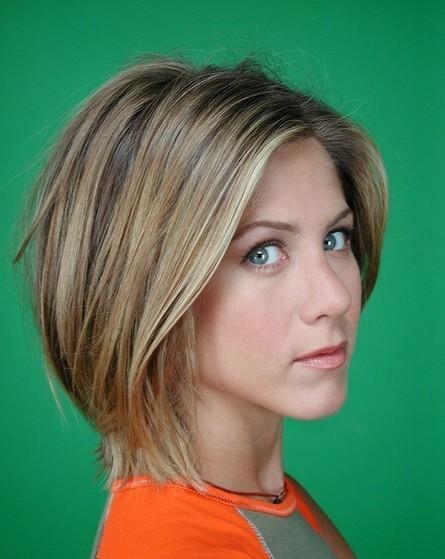 Easy Daily Short Haircut for Women: Sleek Bob Hairstyles 2014 – Jennifer Aniston's Hairstyles | Hairstyles Weekly | Beauty | Scoop.it
