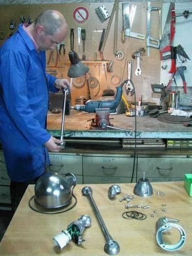 restauration d'une lampe JIELDE JEAN LOUIS DOMECQ | Mobilier et objets industriels | Scoop.it