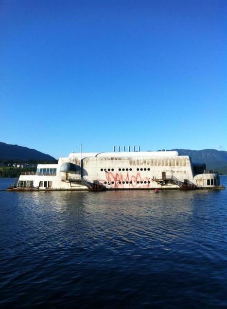 Un McDonald flottant abandonné depuis 30 ans à Vancouver | Exploration Urbaine | Scoop.it