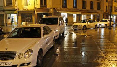 Los taxistas piden que se les tenga en cuenta en la nueva red para villavesas   Ordenación del Territorio   Scoop.it