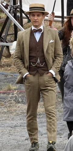 The Great Gatsby Tobey Maguire Suit | celebrities suits | Scoop.it