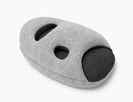 ostrich pillow mini attaches to hand, arm + elbow for easy napping - designboom | architecture & design magazine | handicap design | Scoop.it
