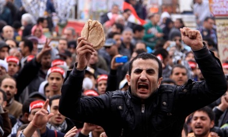 In pictures- Tahrir demonstrators brave the rain | Égypt-actus | Scoop.it
