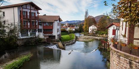 Et le plus beau village de France est... Saint-Jean-Pied-de-Port | Ce qu'il ne fallait pas rater ! | Scoop.it
