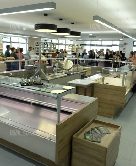 Le premier magasin collectif de centre-ville en France | Distribution _PlusDeCoton | Scoop.it