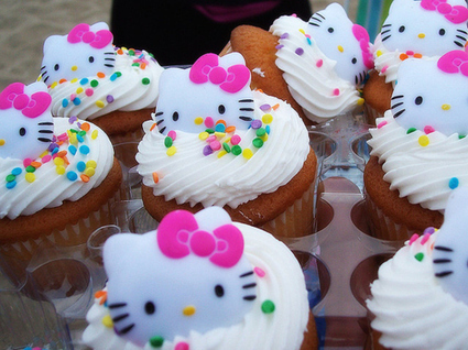 Hello Kitty Cupcakes | Cakes & Bakes | Scoop.it