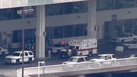 Man shot and killed at Houston's Bush Intercontinental Airport, authorities say | Gov't and Law Branches of Gov't | Scoop.it