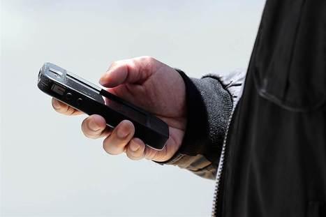 Boundaries Shift on Rude Smartphone Use: Survey | Kickin' Kickers | Scoop.it